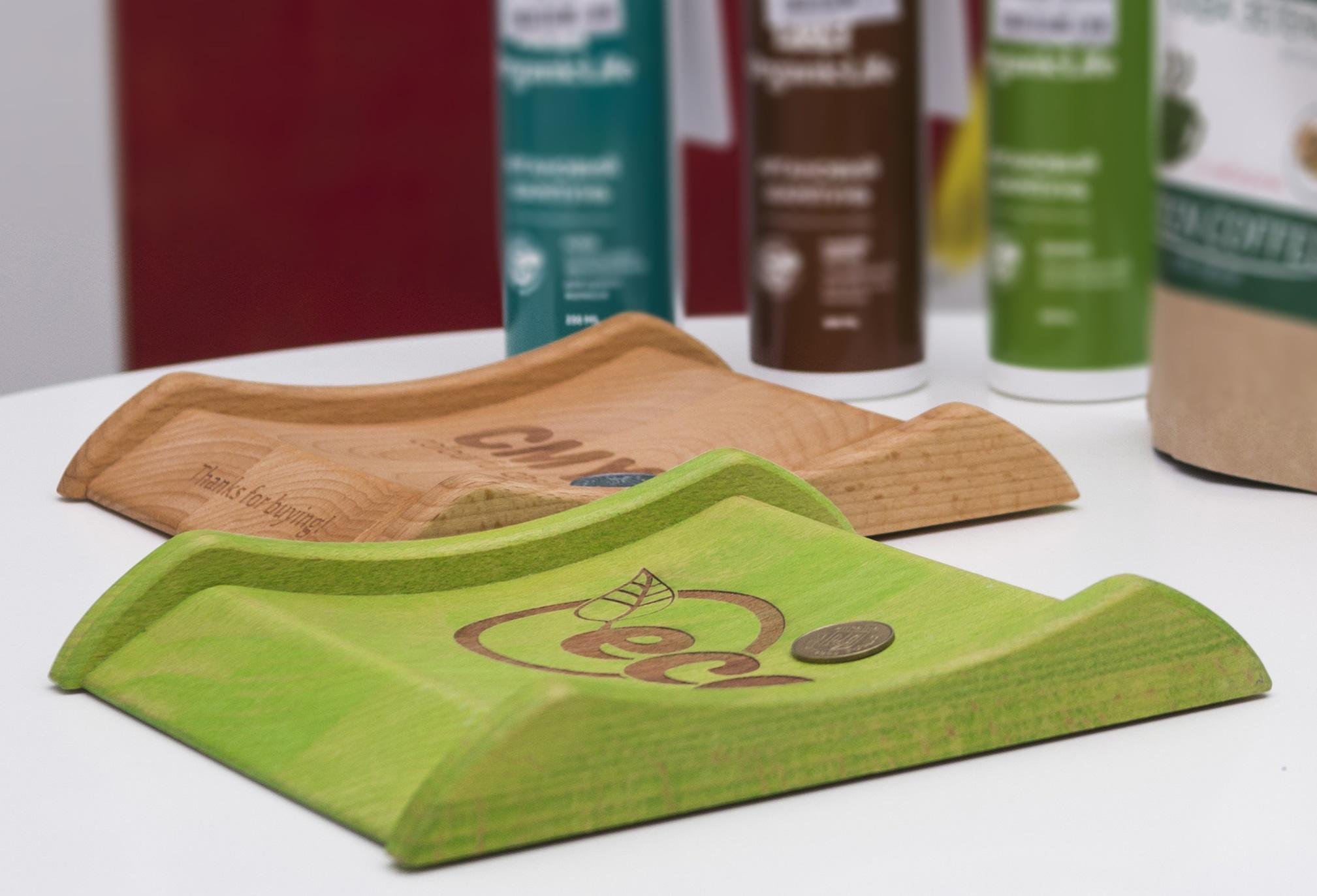 Wooden cash tray CMYK
